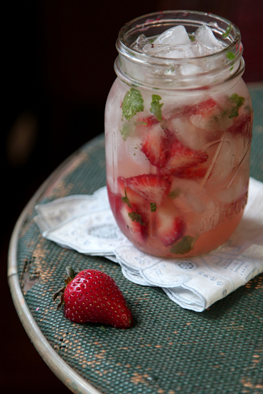 09 - Saveur - Strawberry Moonshine Julep