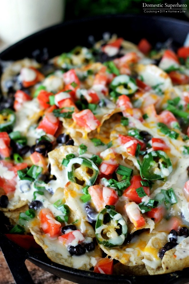 Jalapeno Ranch Black Bean Loaded Nachos - loaded with fresh ...