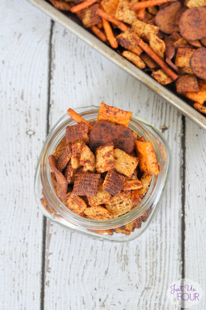 Sriracha Ranch Chex Mix