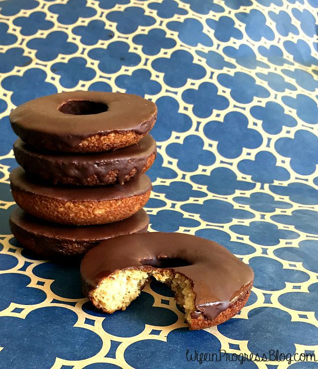 gluten free paleo baked doughnuts
