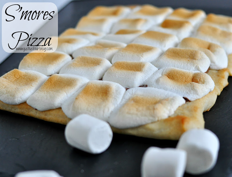 smores pizza with label