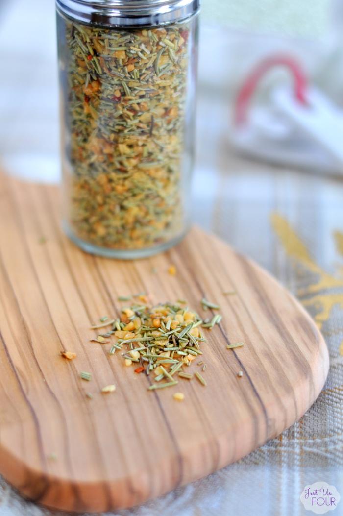 Best Ever Garlic Rosemary Rub