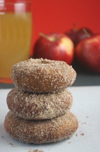 gluten-free-apple-cider-doughnut-recipe-674x1024