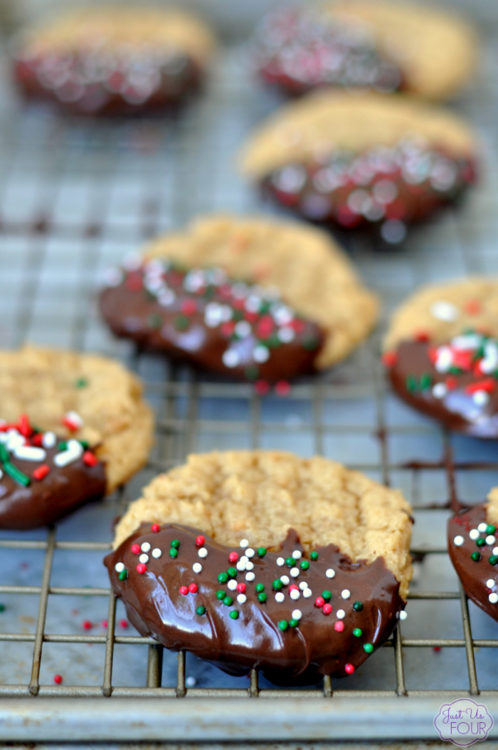 Super simple dark chocolate peanut butter cookies are perfect for your holiday baking.