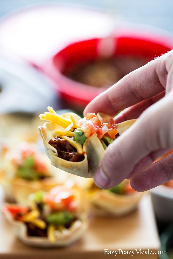 25 - Eazy Peazy Mealz - BBQ Beef Mini Taco Cups