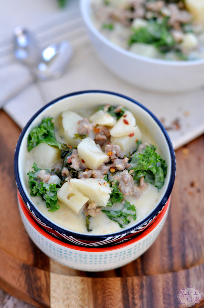Your favorite restaurant soup just got a paleo makeover. Paleo zuppa toscana will be on your favorite soups list from now on.