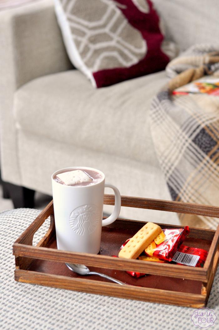 salted-caramel-sauce-hot-chocolate-3