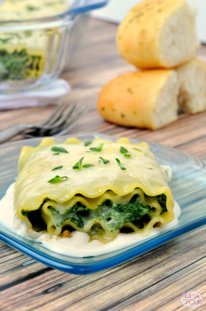 Spinach artichoke lasagna rolls are the perfect alternative to a regular ole lasagna dinner.