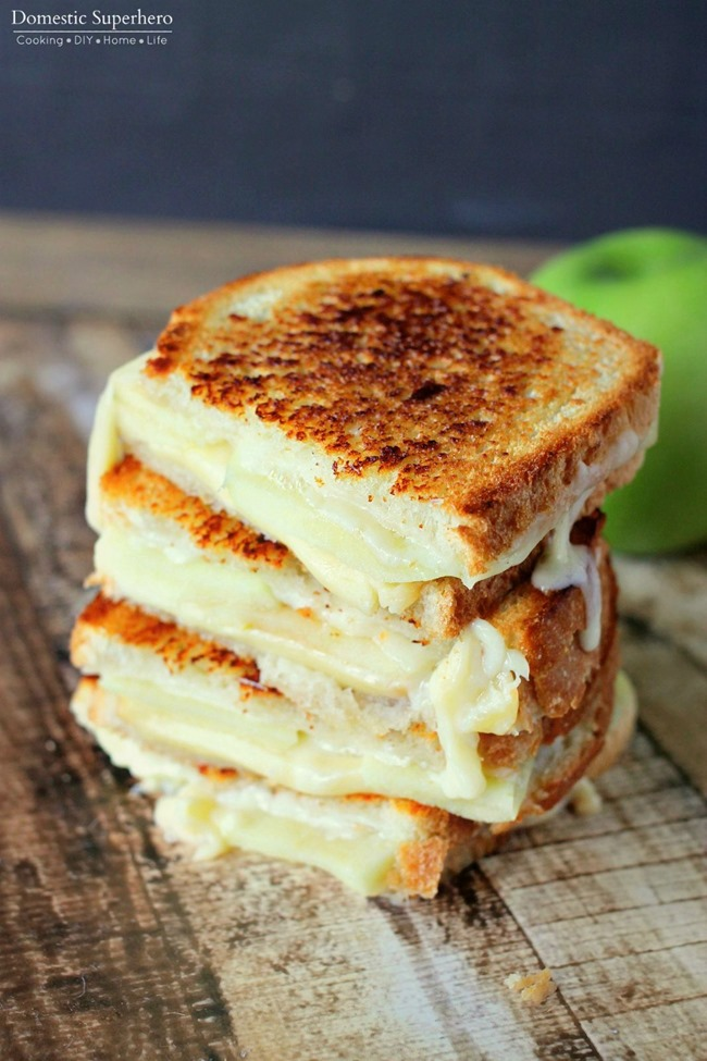 04 - My Suburban Kitchen - Apple Gouda Grilled Cheese