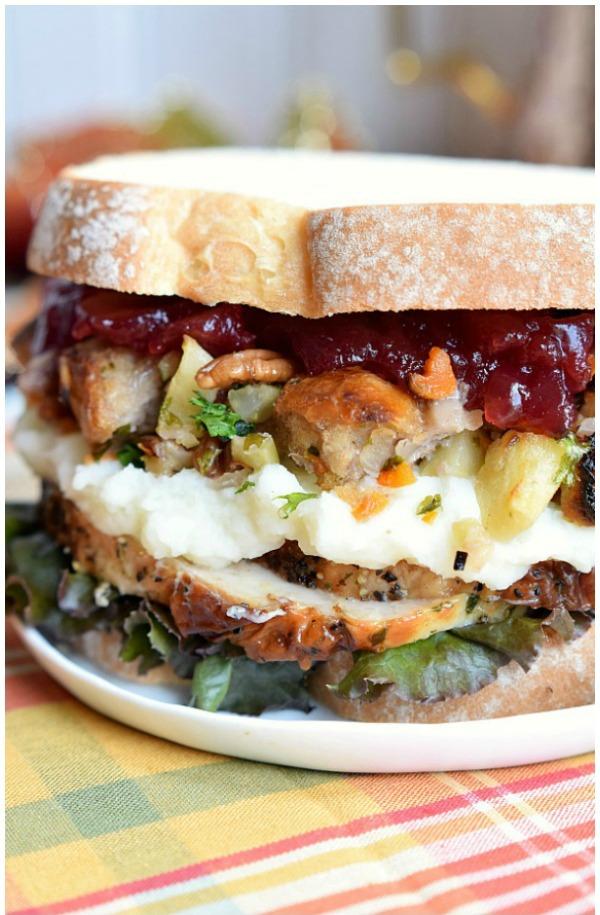 11-homemade-interest-thanksgiving-leftover-sandwich_pinterest