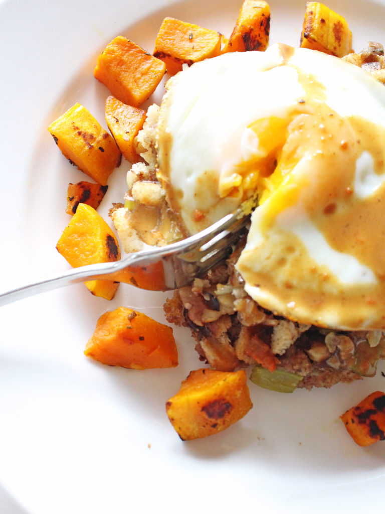12-if-you-give-a-blonde-a-kitchen-fried-egg-thanksgiving-stuffing-waffles-11-2016-768x1024