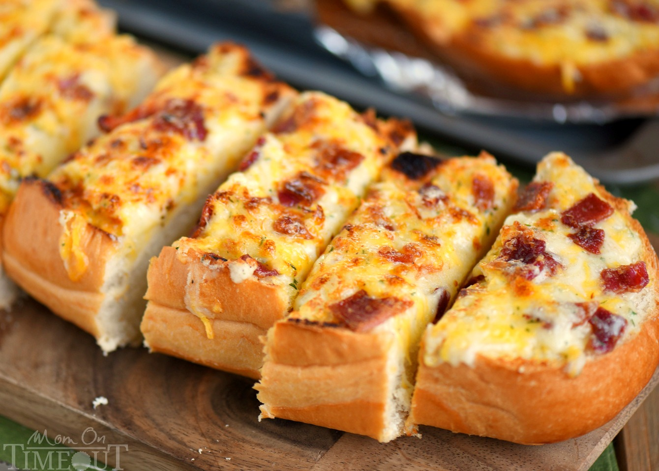 03-cheesy-bacon-ranch-bread-wide