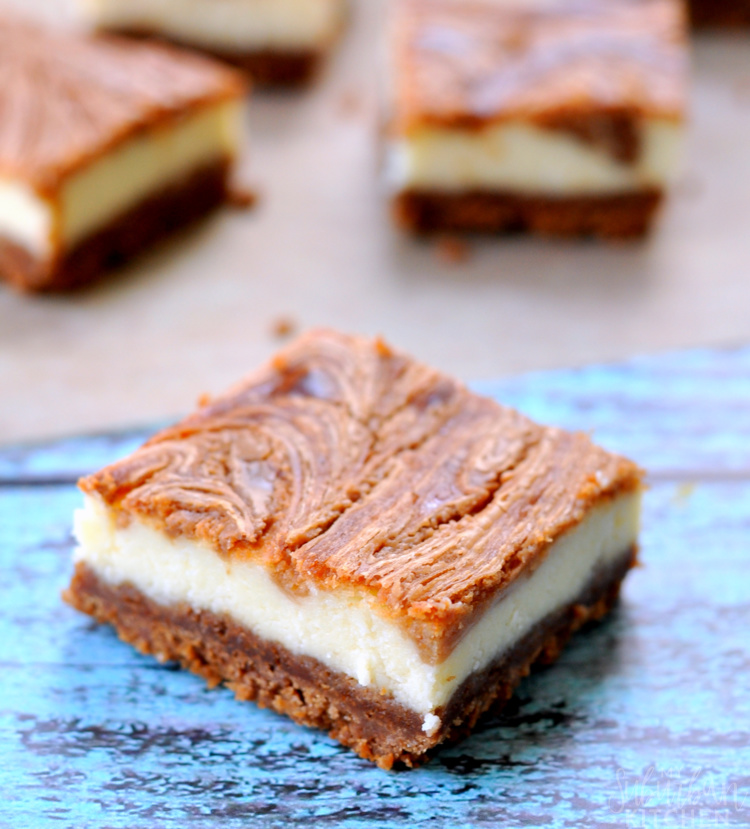 Delicious Cookie Butter Cheesecake Bars