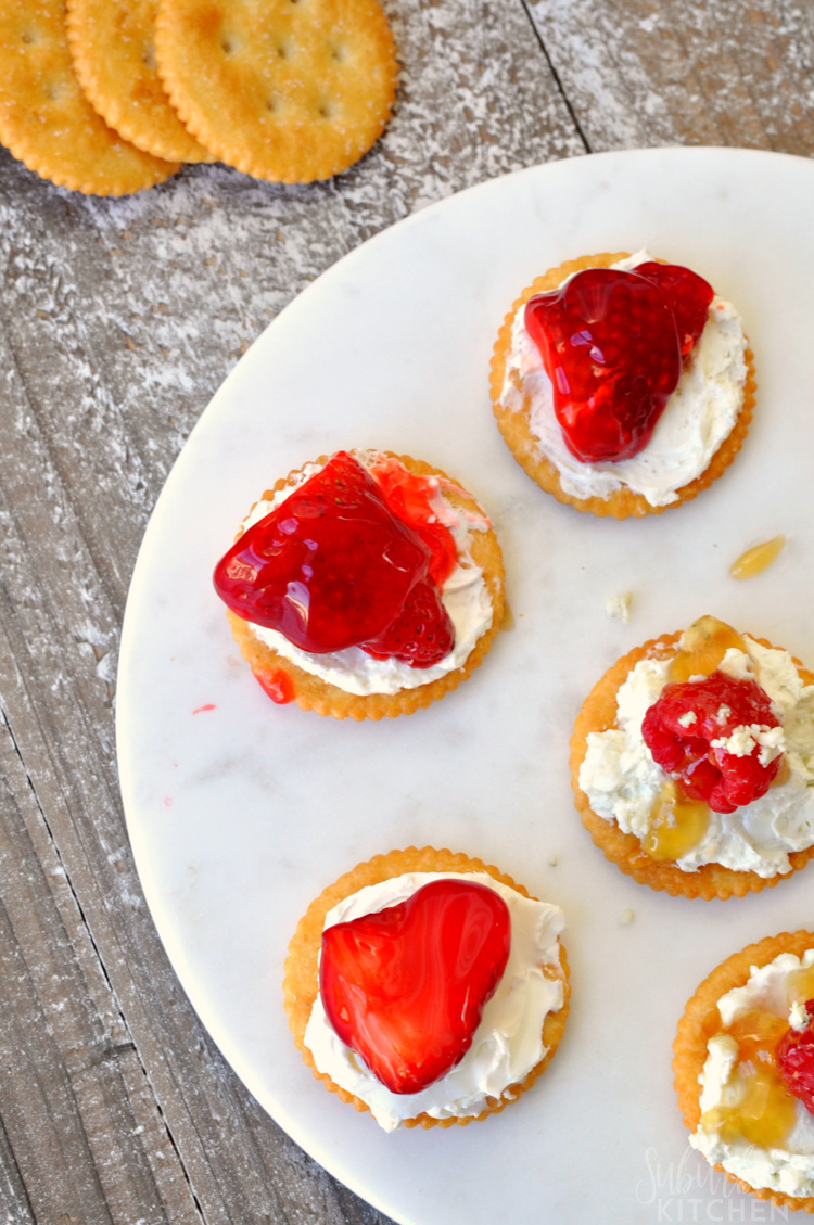 easy-party-appetizers-with-RITZ-29