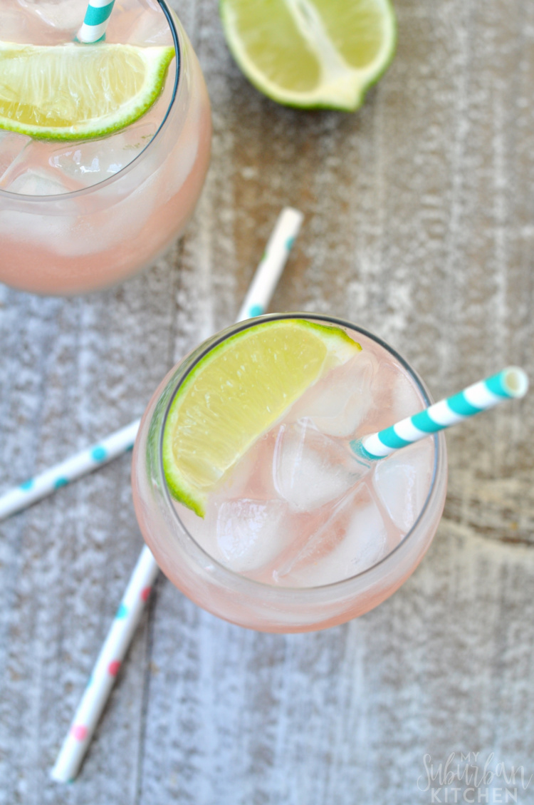 Easy Grapefruit Prosecco Smash