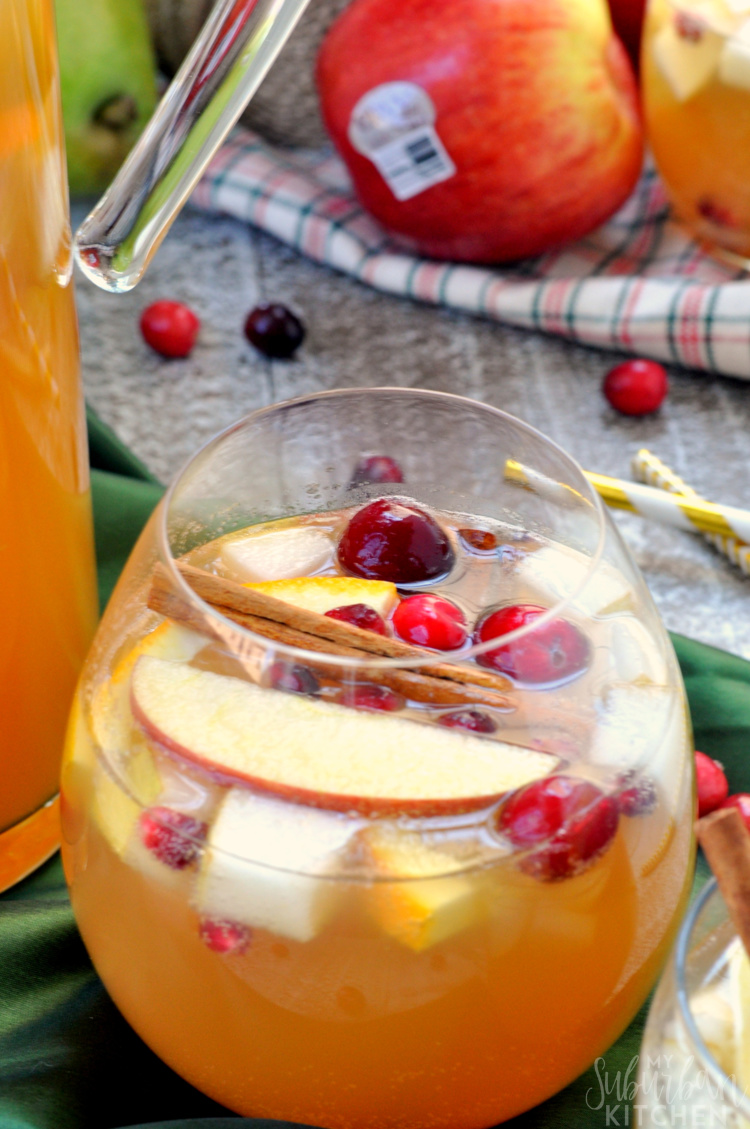 Sparkling Winter Sangria Drink Recipe