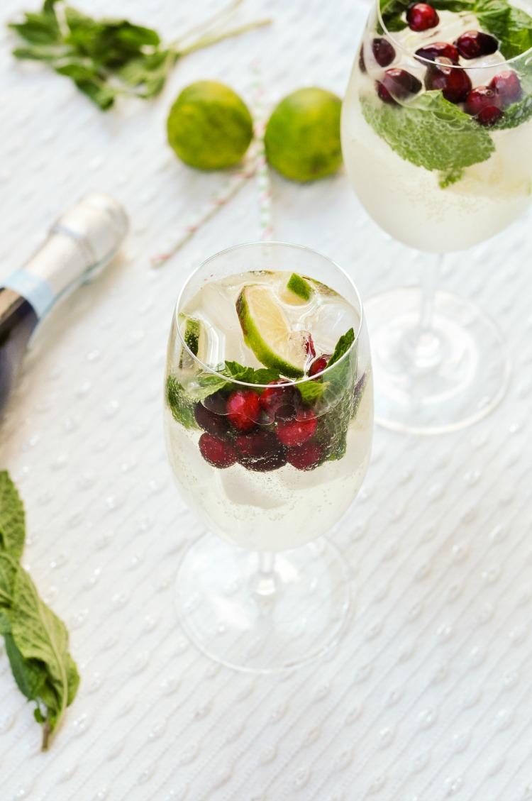 Cranberry Hugo Spritz Italian Cocktail